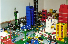Lego_Chicago_City_View_2001.jpg